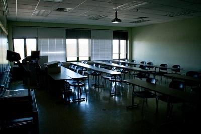 無人的課室